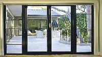 Các loại cửa nhôm kính đẹp đang được sử dụng trên thị trường.
