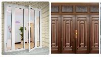 So sánh cửa gỗ truyền thống và cửa nhôm kính